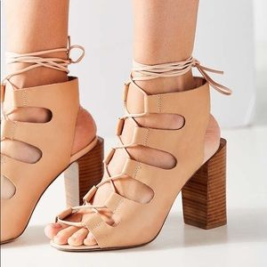 Jeffrey Campbell Allow Lace Up Heels Sandals 7.5